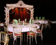Back_Stage_Kitty_Hagen_circus_fantasia_tafel